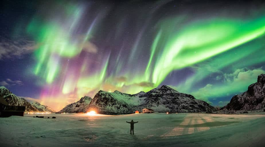 Aurora borealis (Northern lights) over mountain