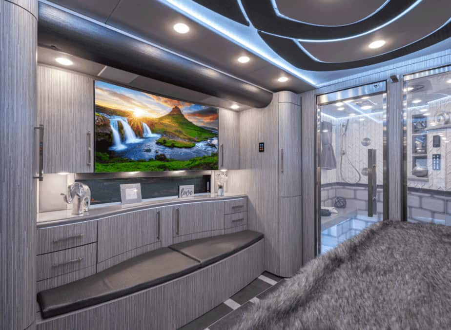 Bedroom Emperor ESS luxury rvs