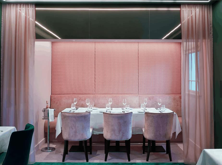Bluebells private dining in a pink room
