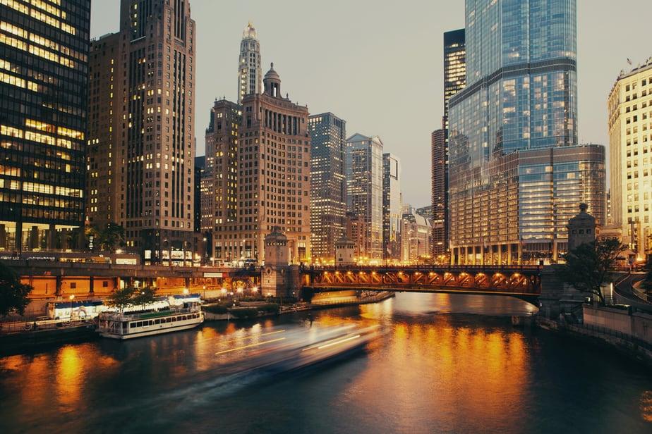 Dusable,Bridge,At,Twilight,,Chicago.
