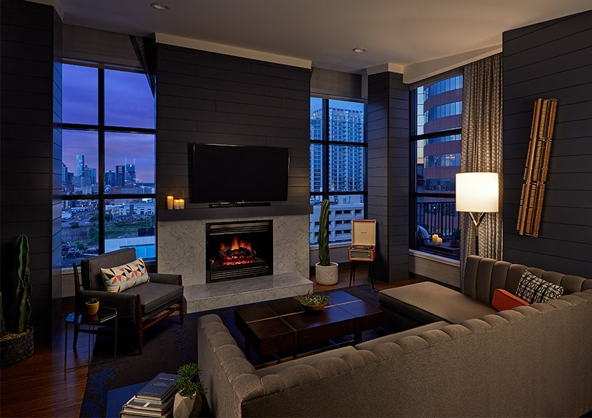 Hutton-Hotel-Penthouse-East-Living-Room-Downtown-View-Night