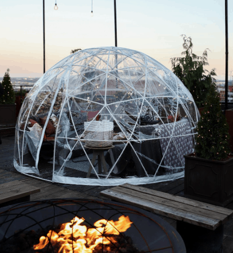 Igloos on rooftop of luxury hotel in Nashville