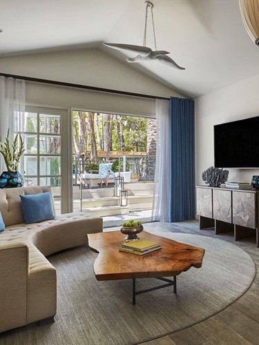 Bungalow-One-Living-Room