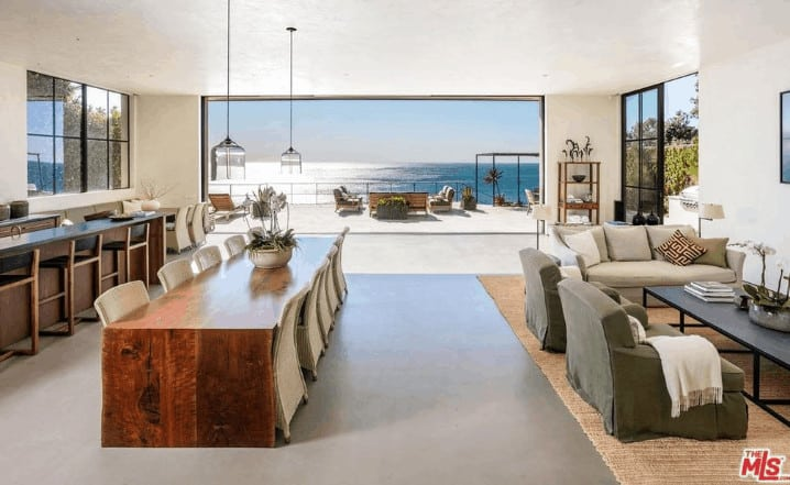 Malibu-home-bought-by-Danica-Patrick-and-Aaron-Rodgers