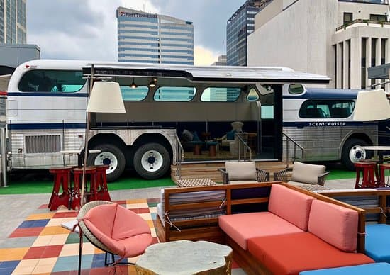 bus-on-the-rooftop