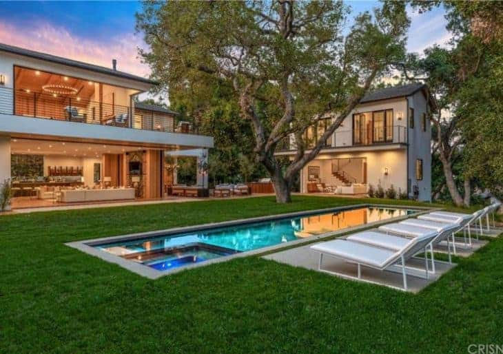 joe-jonas-and-sophie-turner-splurge-on-Los Angeles Real Estate