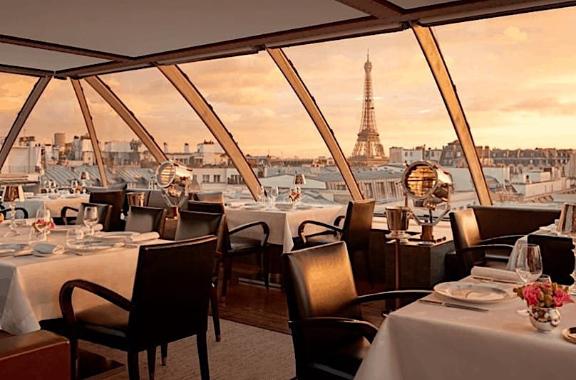 restaurant with an eiffel tower view