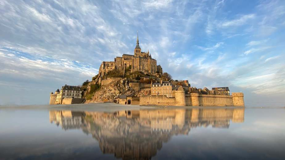 Best places to visit in France-Island Castle