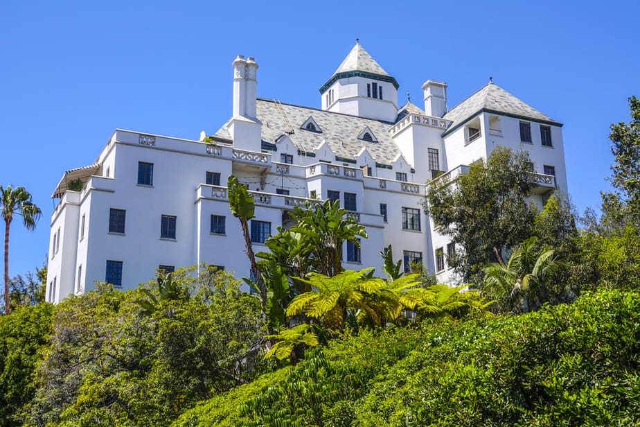 exterior of luxury bungalow hotel chateau_marmont